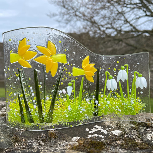 Daffodil and Snowdrop Glass Wave