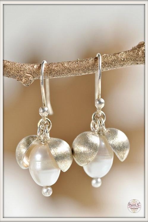 Large Peapod Earrings (teardrop)