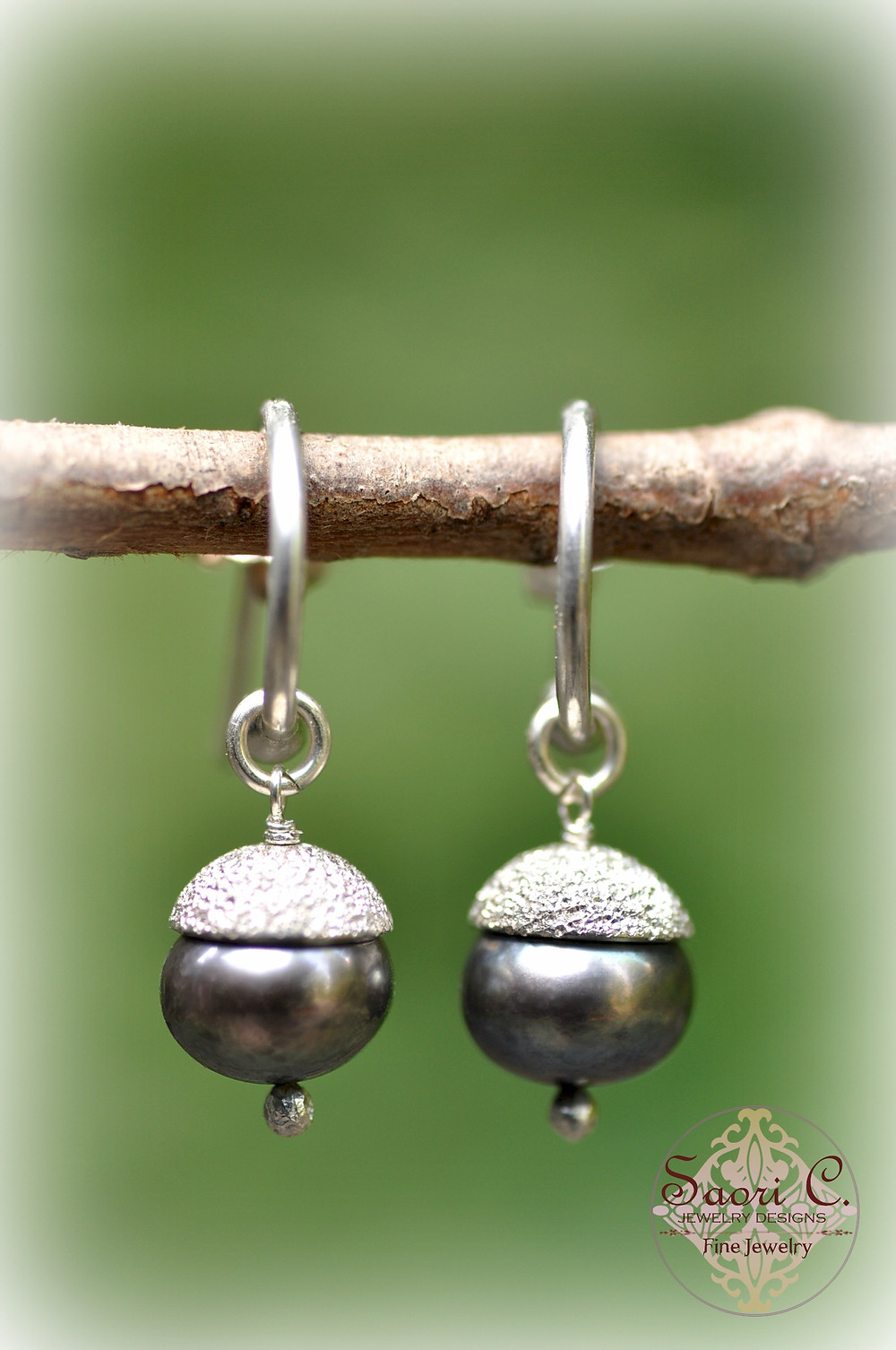 Bon Bon Black Pearl Earrings