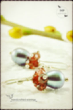 Our fine handmade jewelry collection features elegant black pearl earrings