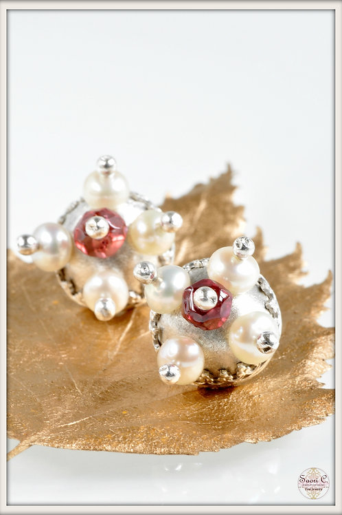 Aphrodite Stud Earrings