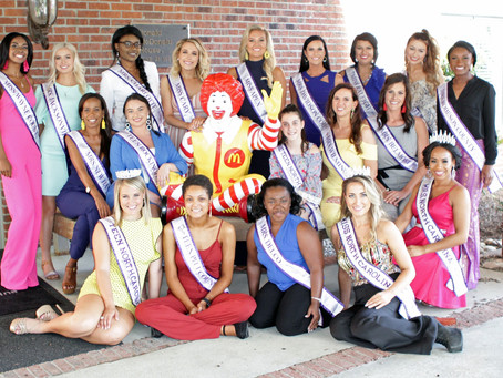 People's Choice! Vote for your favorite 2021 North Carolina International Pageant Contestant!