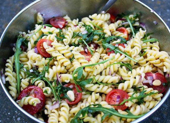 Huisgemaakte pastasalade (2 dagen op voorhand) min. 4 pers.