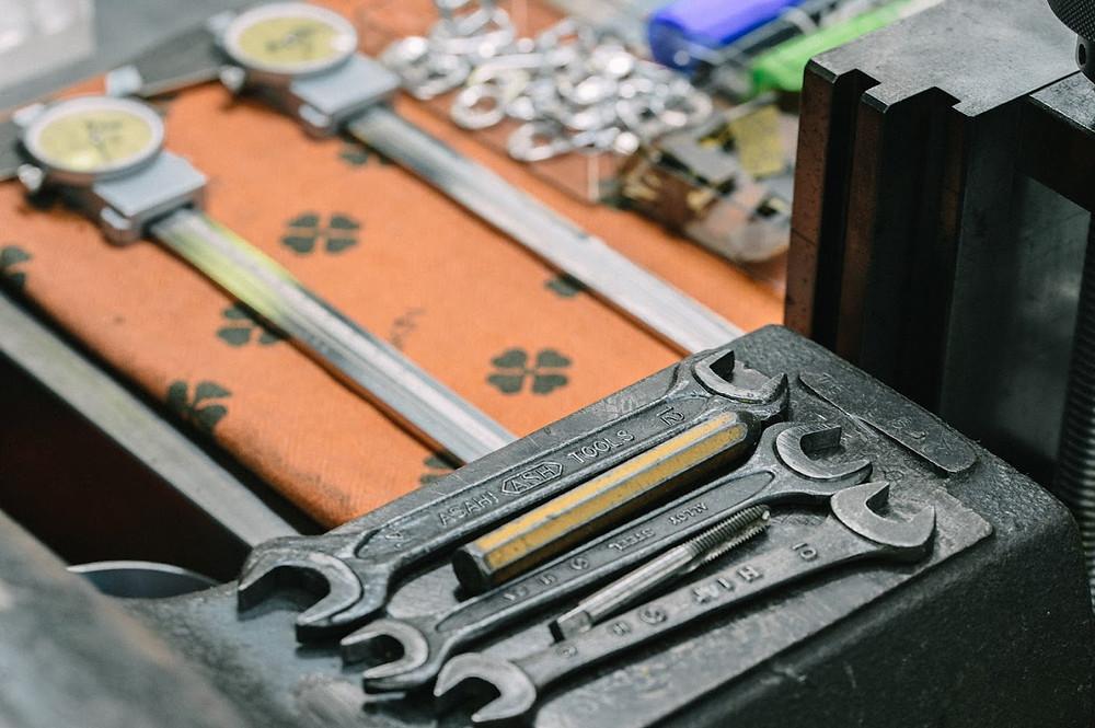工場内で使用している工具
