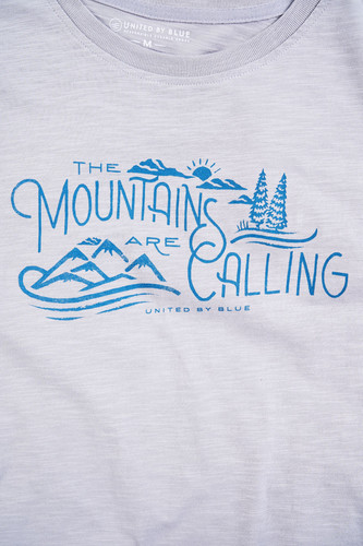 5084f023c MENS MNTS ARE CALLING S/S GRAPHIC TEE
