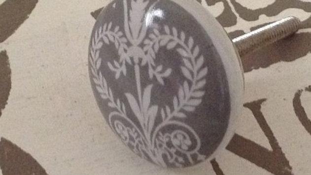 Grey & white filigree 'Josette' furniture ceramic door drawer KNOB