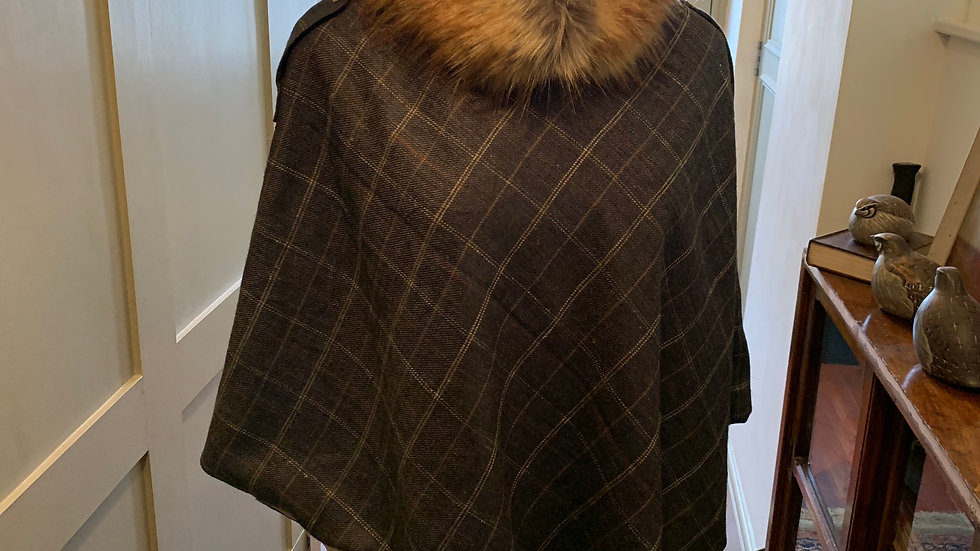 Navy blue wool tweed box check country style fur collar poncho cape