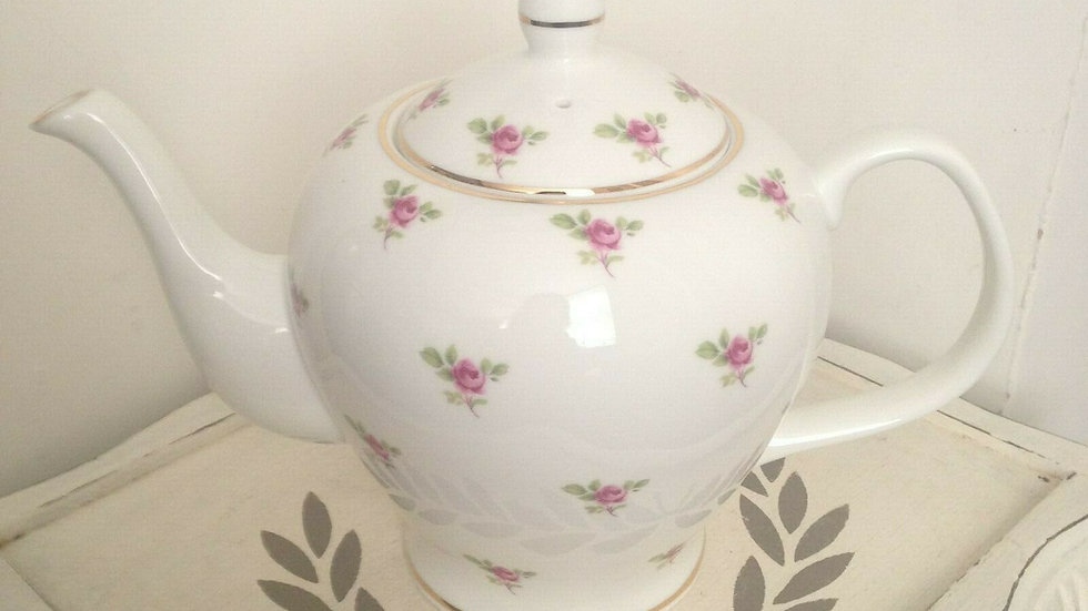Ditsy pink large 6 cup bone china teapot