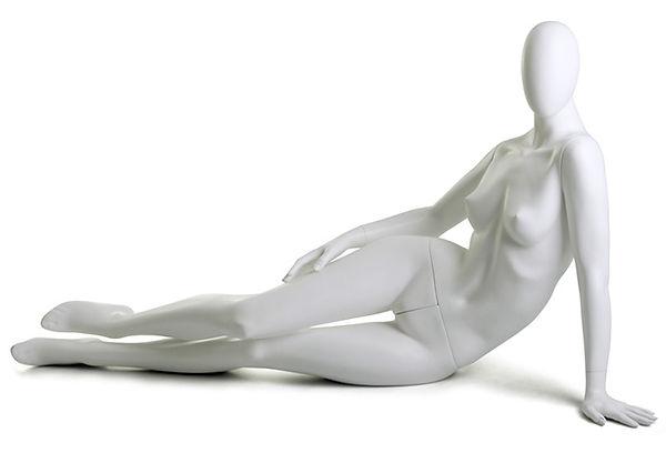 Manequim feminino adulto branco para vitrine de plástico rotomoldagem com cabeça sentado de lado
