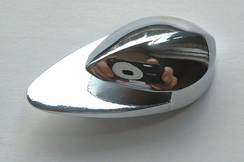 Top Rear Teardrop Retainer - 1958-1966 - Spridget