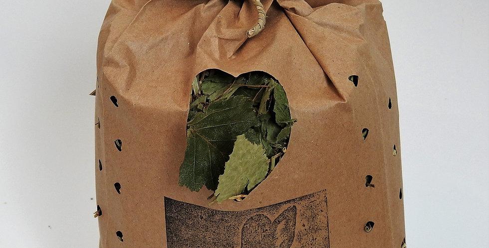 Leafy Green Meadow Forage Bag