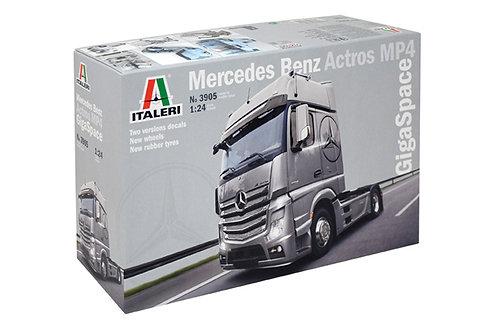 1/24 Italeri Mercedes Benz Actros Gigaspace