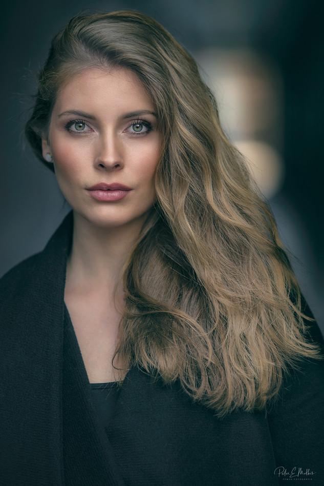 Sandra Lea