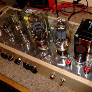 ward 10 watt amp top view