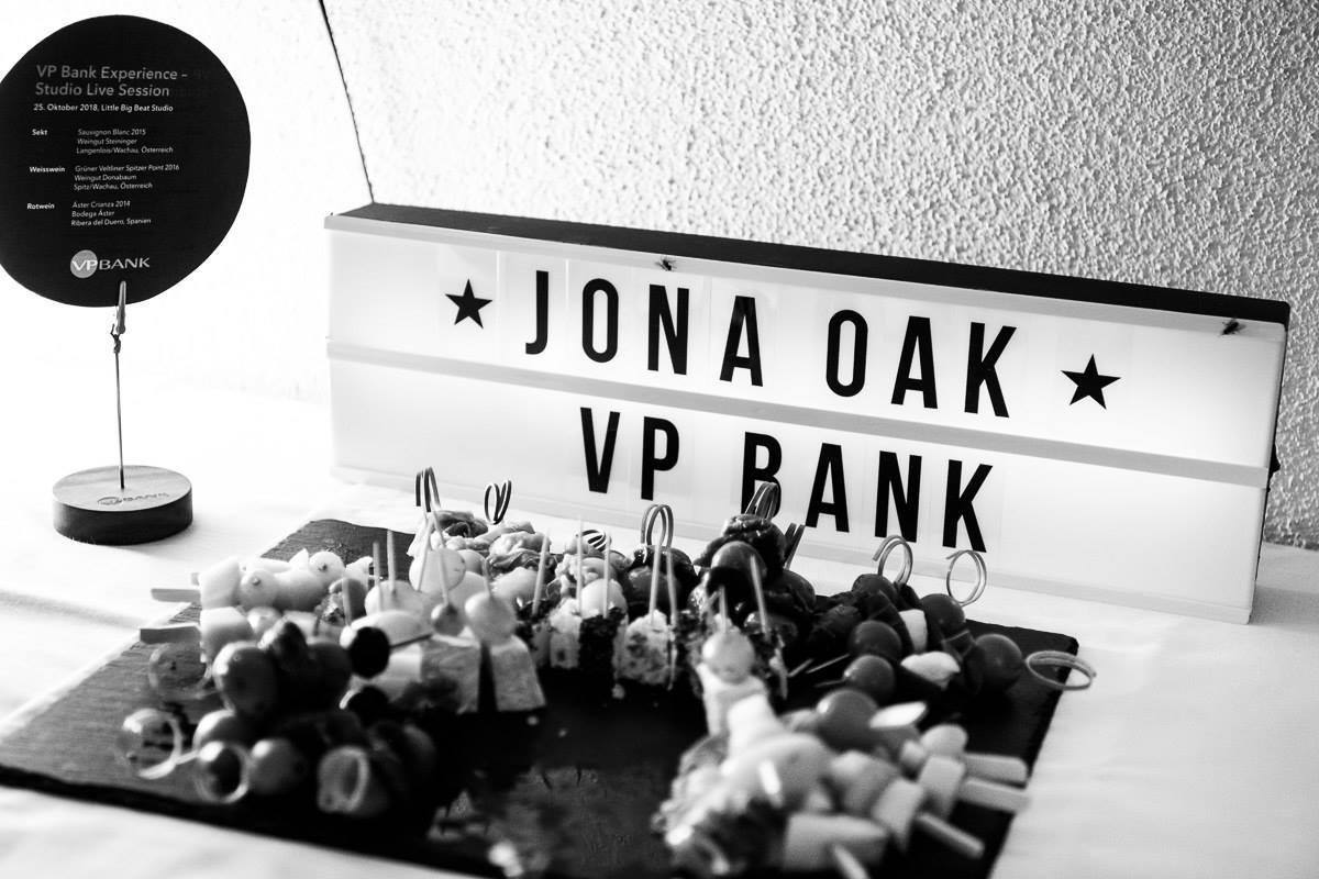 Jona Oak I SLS