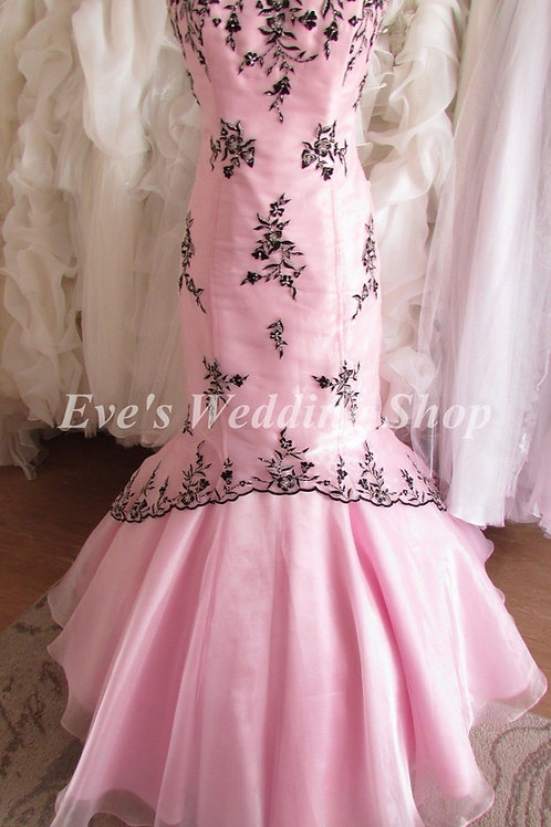 Scarlett designer pink black wedding / prom dress UK 12