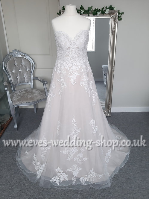 Viva bride ''Courtney'' blush wedding dress UK 10