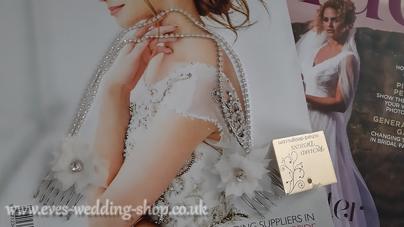 Richard Designs light ivory wedding hair accessories