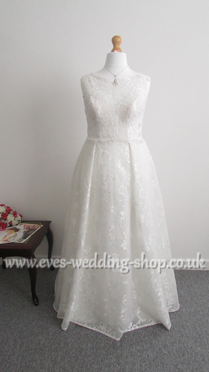 Beautiful ivory WED2BE ''EZRA'' wedding dress UK 16/18