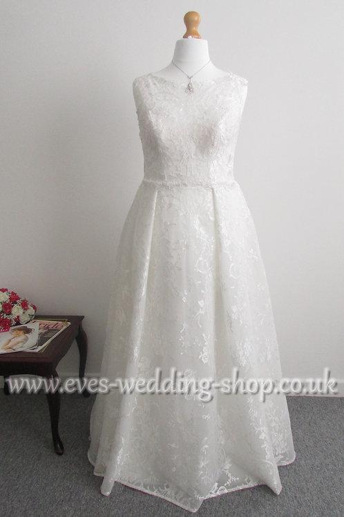 Beautiful ivory WED2BE ''EZRA'' wedding dress UK 16/18