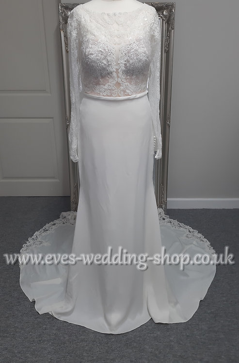 Stella York wedding dress ''6817'' with lace cut out train UK 12
