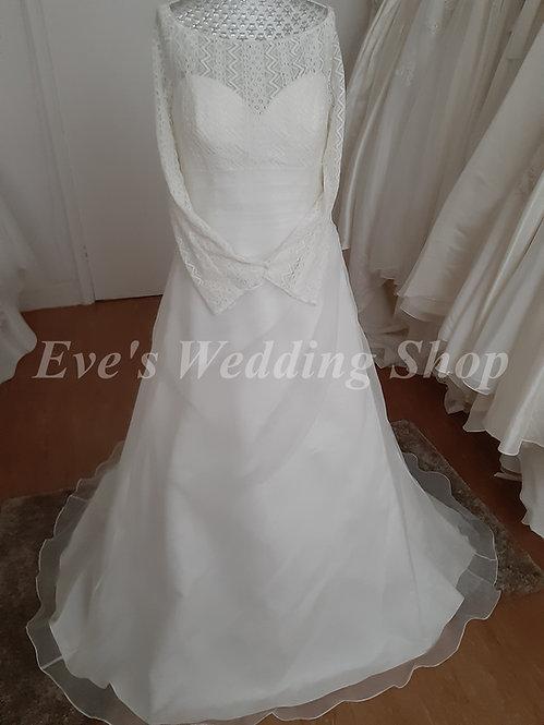 Berketex ivory crochet top wedding dress with sleeves UK 18/20