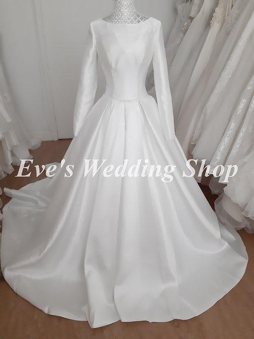 Ivory mikado wedding dress with long sleeves UK 8/10
