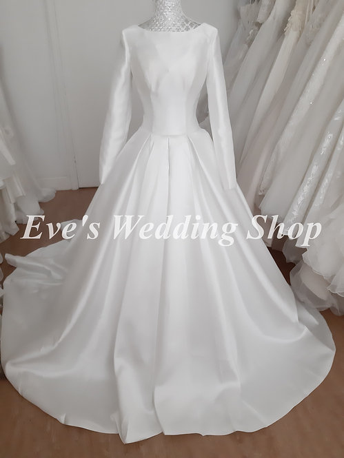 Ivory mikado wedding dress with long sleeves UK 8/10