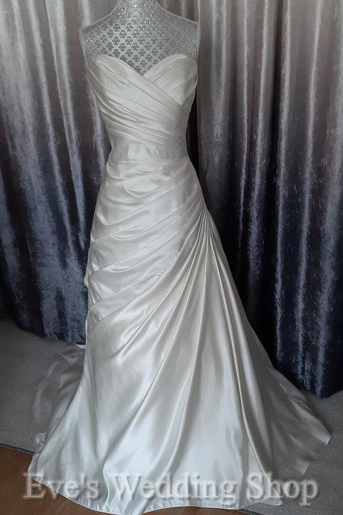 Berketex ivory wedding dress UK 16