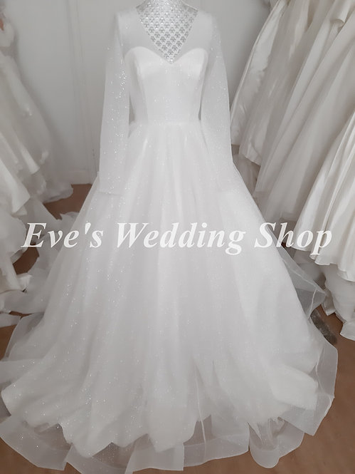 Beautiful sparkly glitter wedding dress with sleeves UK 10