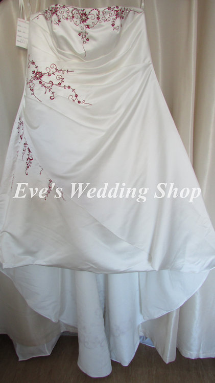 Special day ivory burgundy wedding dress UK 36