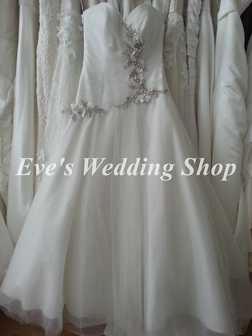 Alfred Sung Ivory wedding dress UK 8