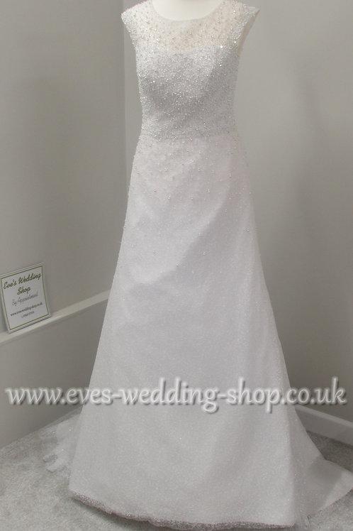 White beaded wedding dress UK 8/10