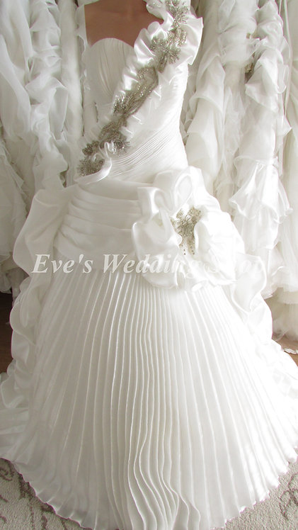 WHITE BEADED RUFFLED WEDDING DRESS UK 12