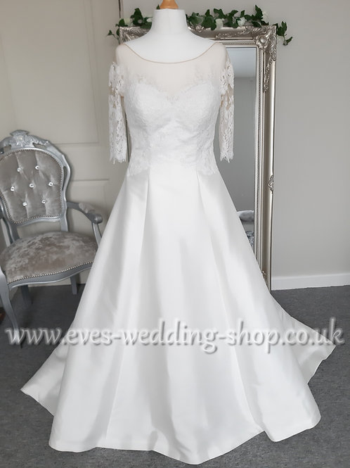 Anna Lizh ivory wedding dress with sleeves UK 14