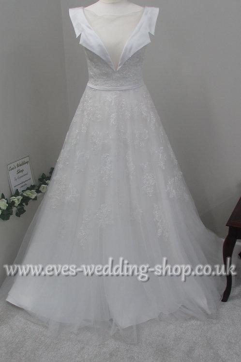 Diane Harbridge ivory wedding dress UK 8