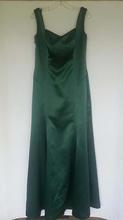 Dessy 6681 hampton green evening / bridesmaid dress Uk 14