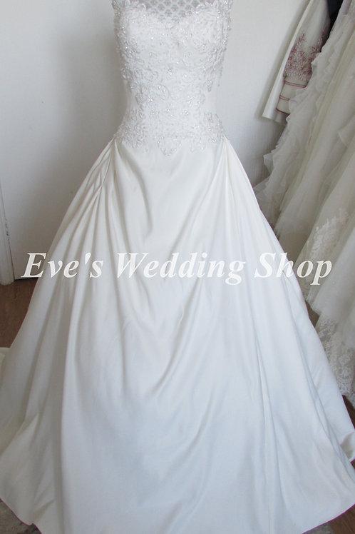 Alexia designs dark ivory wedding dress UK 6/8