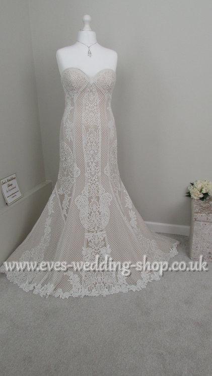 Ivory/champagne wedding dress UK 16