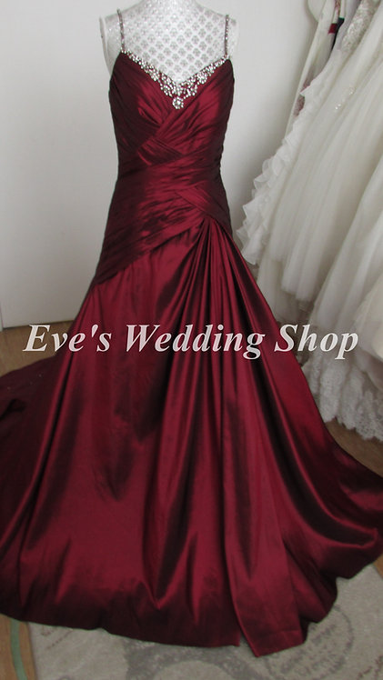 Veromia wine color wedding dress UK 12