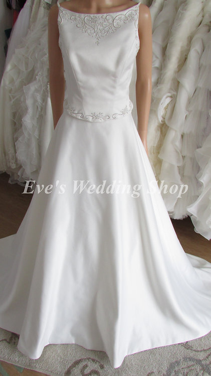 2 PC AUGUSTA JONES WEDDING DRESS 12/14