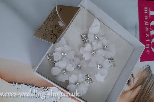 Richard Designs light ivory wedding hair accessories - clips