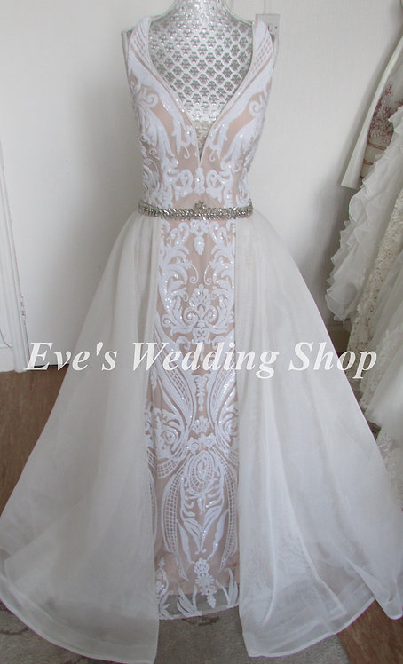 Off white / nude wedding dress UK 6