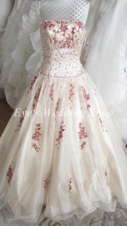 Alyce designs ivory/berry princess wedding  dress size 8 or 14