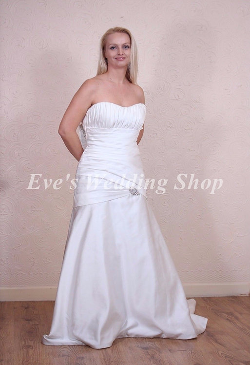 ALFRED ANGELO IVORY WEDDING DRESS 12/14