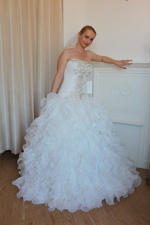 Sparkly ivory glitter ruffled wedding dress UK 10/12