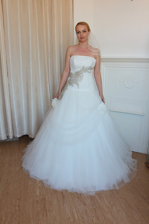 TULLE BEADED DESIGNER WEDDING DRESS UK 12/14