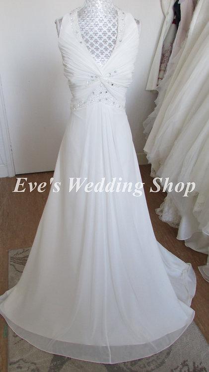 Hilary Morgan destination/beach chiffon wedding dress UK 18/20