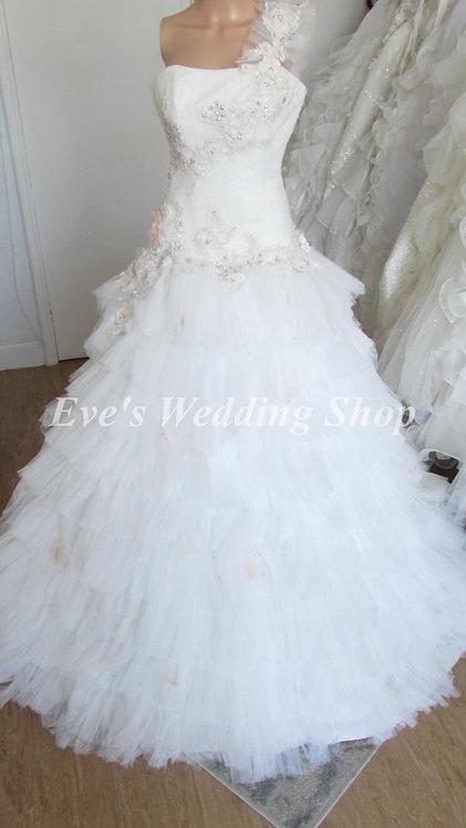 FLOWER LACE PRINCESS DESIGNER WEDDING DRESS 8/10