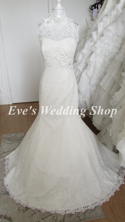 Beautiful high neck Nicola Anne crochet lace wedding dress UK 12/14